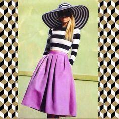 Стильный комплект LV для настоящих модниц! Смотрится очень женственно и элегантно!