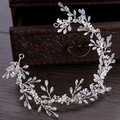 52 Best Bridal Tiaras b352ee52d967