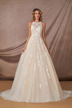 Bridal Wedding Dresses, Dream Wedding Dresses, Bridesmaid Dresses, Winter Wedding Dress Ballgown, Colored Wedding Gowns, Lily Wedding, Weeding Dress, Wedding Outfits, Floral Wedding