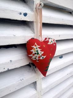 Red Christmas tree fabric stuffed hanging hearts for by Kirstyflo