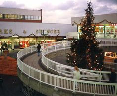 Old shopping centre North Sea, Shopping Center, Old Pictures, Childhood Memories, Christmas Time, Pond, The Past, Fair Grounds, Sky