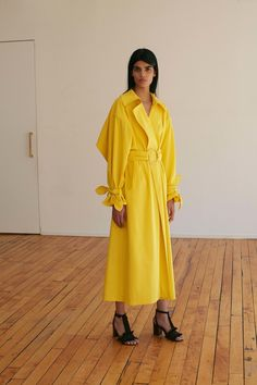 Edun Resort 2017 Fashion Show Collection: See the complete Edun Resort 2017 collection. Look 26 Fashion Week, Fashion 2017, Hijab Fashion, Fashion Show, Fashion Design, Dress For Summer, Spring Summer, High Fashion Looks, Streetwear