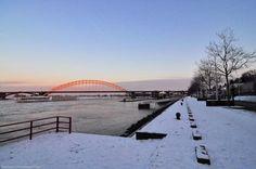 Waalkade Nijmegen (jaartal: 2000 tot 2010) - Foto's SERC