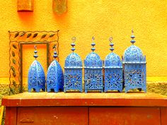 Straight from the bazaar of Marrakesh comes our Guide to Moroccan Entertaining! Learn the tricks, colors and style that make Moroccan design so exciting. Moroccan Colors, Moroccan Theme, Moroccan Lamp, Moroccan Lanterns, Moroccan Design, Moroccan Style, Design Marocain, Style Marocain, Moroccan Garden