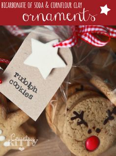 Countrykitty: Bicarbonate of soda and cornflour ornaments, for my christmas cookies! All Things Christmas, Christmas Cookies, Christmas Holidays, Christmas Crafts, Christmas Ornaments, Christmas Baking, Christmas Ideas, Christmas Decorations, Cookie Factory