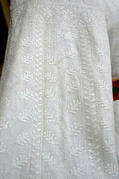 Ukraine, Embroidery, Roman, Shirts, Outfits, Dresses, Straight Stitch, Needlework, Tall Clothing