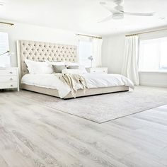 As promised I am back today talking all about how my new LifeProof Rigid Vinyl plank flooring actually performs. I am answering all your questions today about how this floor has held up for our family. Spoiler alert It functions just as well as it looks. Luxury Vinyl Flooring, Luxury Vinyl Plank, Grey Flooring, Bedroom Flooring, White Hardwood Floors, Grey Vinyl Plank Flooring, White Laminate Flooring, Modern Flooring, Bedrooms With Wood Floors