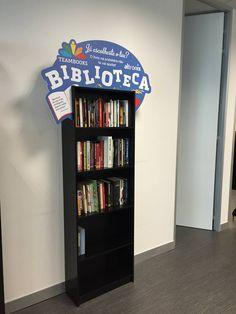 Hoje é um grande dia. Foi inaugurada a BIBLIOTECA ALTRONIX. Dos colaboradores para os colaboradores. Trata-se de um novo projecto interno, criado por todos e com a colaboração de todos. A Altronix contribuiu com a compra de grande parte dos livros mas cada colaborador contribuiu com vários livros para enriquecimento da biblioteca. Esta encontra-se inserida na nossa Funzone.
