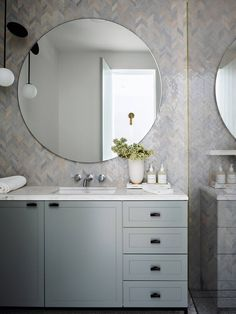 Beautiful pastel tones Ait Manos tiles from Onsite Simply & Design, on Terrazzo flooring with an Atelier Areti 'Plates' pendant light Timber Panelling, Interior Design Awards, Interior Ideas, Kitchen Benches, Dining Bench, Bathroom Cabinets, Bathroom Vanities, Master Bathroom, Tile Bedroom