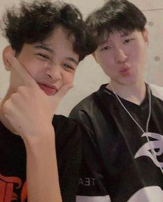 Cute White Boys, Pretty Boys, Cute Boys, Japan Icon, Elite Game, Aesthetic Template, New Boyfriend, Aesthetic Anime, Anime Art