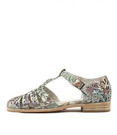 ea585d49800 Elise PlumbleyShoes  n  Socks