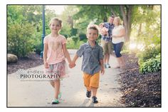 Family and Children Photographer, Onalaska Wisconsin, walking path, kids holding hands, best buds, photographer in onalaska wi, brother and sister photo