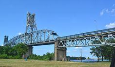 Burlington-Bristol Bridge from the NJ side.