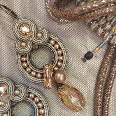 Golden crystals at Dori's store. #golden #jewelry #accessories #jewelrylove #crystals