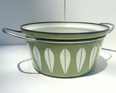 "Vintage Cathrineholm Lotus Enamel 7"" Pot Two-Handled, Avocado, Olive, Green,with White Lotus Design, Mid Century Modern, Enamelware, Mod,"