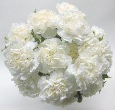 Free Tutorials  http://www.wedding-flowers-and-reception-ideas.com/make-your-own-wedding.html