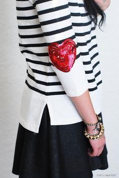 These DIY sequin heart elbow patches are the perfect way to add flair to any shirt or sweater! Short Outfits, Outfits For Teens, Red Valentine, Diy Fashion, Ideias Fashion, Petite Fashion, Diy Rock, Rosa Pullover, New Mode