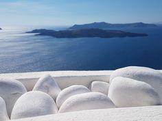 Santorini Greece, Waves, Outdoor, Outdoors, Ocean Waves, Outdoor Games, Outdoor Life, Beach Waves, Wave