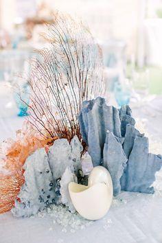 Coral Wedding Centerpieces, Seashell Centerpieces, Beach Wedding Decorations, Wedding Flower Arrangements, Centerpiece Ideas, Nautical Centerpiece, Nautical Wreath, Centrepieces, Nautical Wedding Theme