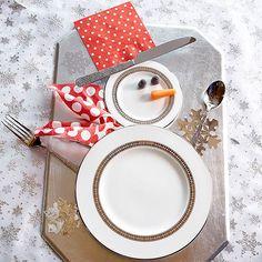 Top Christmas Table Setting: Snowman Table Setting
