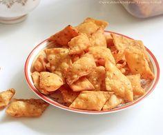 savory diamond cuts-5 by akila_ska, via Flickr Vegan Vegetarian, Vegetarian Recipes, Snack Recipes, Savory Snacks, Easy Snacks, Indian Snacks, Indian Food Recipes, Diwali Snacks, Rasam Recipe
