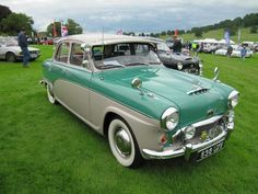 Austin A105 Westminster short boot 1956 at Sherborne Castle classic car show