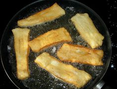 Rollkuchen are a tasty, deep fried pastry that are a wonderful accompaniment to cold watermelon on a hot summer day. How well I reca. Gourmet Recipes, Mexican Food Recipes, Baking Recipes, Great Recipes, Favorite Recipes, Healthy Recipes, Amish, Casseroles, Cinnamon Bun Recipe