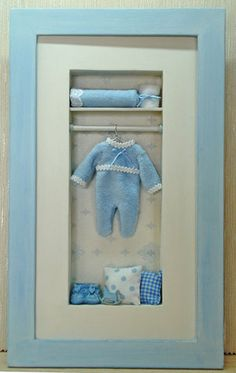 Cuadros con profundidad  ♡ ♡ Diy Shadow Box, Peg Bag, Kit Bebe, Baby Shawer, Book Markers, Small Cabinet, Clay Baby, Miniature Rooms, Tissue Box Covers