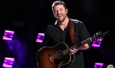 """Chris Young Releases """"Sober Saturday Night"""" Featuring Vince Gill to Country Radio"""