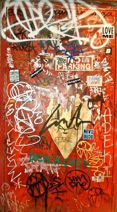 New York Graffiti https://www.etsy.com/shop/urbanNYCdesigns?ref=hdr_shop_menu&section_id=16430200