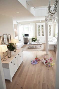 salon classique revetement de sol en bois clair, parquet chene massif clair pas cher