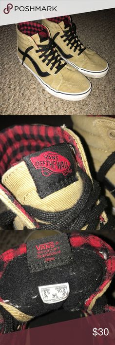 d9e58be891b2bc Old Skool Vans MAKE OFFERS Tan Old Skool Vans with black laces. They have a