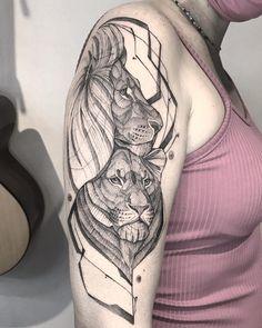 Tatuagem em Blackwork: Especial fim de ano (lista 2020) - Blog Tattoo2me Tattoo Shop, Blackwork, Tattoos For Guys, Doodles, Sketch, Skull, Ink, Drawings, Illustration