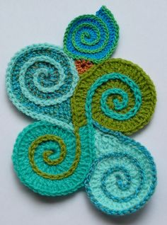 The second pillowcover will be about spirals, i think. I'd like to try to make all kinds of spirals, connected to eachother. How i'm going t...