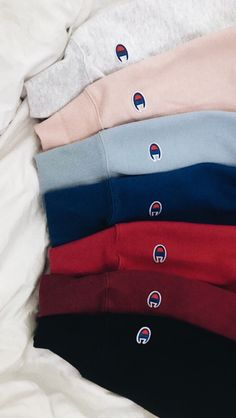 shirt over hoodie outfit vsco - shirt over hoodie outfit Cute Comfy Outfits, Lazy Outfits, Teen Fashion Outfits, Teenage Outfits, Mode Outfits, School Outfits, Trendy Outfits, Summer Outfits, Fall Fashion