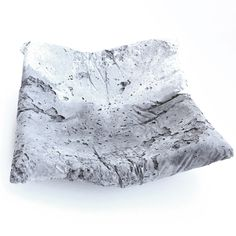 Black and white concrete trinket dish