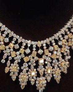 Incredible!! Master piece @adialfardan  #dubai #dubailife #luxurylifestyle #highjewelry #finejewelry