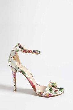 9e0c2cf2efae77 FOREVER 21 Floral Print Satin Heels Forever 21 Fashion