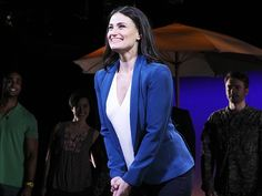Idina Menzel bows on opening night of IF/THEN