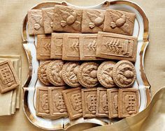 Homemade Speculoos with Thermomix, an easy and simple recipe, find the ingredients and the preparation steps. Appetizer Buffet, Appetizer Recipes, Snack Recipes, Snacks, French Macaroon Recipes, French Macaroons, Biscuit Cookies, Biscuit Recipe, Pie Recipes