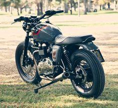 Hawk Foundations Triumph Bonneville Triumph Bonneville by Roland Sands Design Triumph Motorbikes, Triumph Bonneville T100, Triumph Scrambler, Scrambler Motorcycle, Motorcycle Parts, Vintage Bikes, Vintage Motorcycles, Custom Motorcycles, Custom Bikes