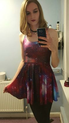 This is such a fun dress.  It would be great to see how I look in it.  I love how it sparkles.  I bet in would look fabulous with the skirt flowing as I spin around.