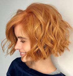 60 Best Short Bob Haircuts and Hairstyles for Women Shaggy Wavy Light Copper Red Bob Short Choppy Hair, Choppy Bob Hairstyles, Short Bob Haircuts, Straight Hairstyles, Blunt Bob With Bangs, Short Pixie Bob, Short Blunt Bob, Choppy Cut, Asymmetrical Bob Short