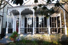 Lovely shotgun house: by Preservation Resource Center, Advocacy… New Orleans Architecture, Architecture Details, Classic Architecture, New Orleans Homes, New Homes, Creole Cottage, Painted Cottage, Painted Houses, Shotgun House