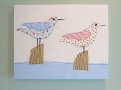 appliqued seagulls - new idea for sewn card, probably just do one bird. Freehand Machine Embroidery, Free Motion Embroidery, Machine Embroidery Applique, Embroidery Ideas, Fabric Cards, Fabric Postcards, Diy Postcard, Sewing Cards, Fabric Pictures