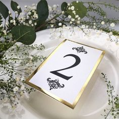 Numerek Glamour Gold Place Cards, Wedding Inspiration, Place Card Holders, Glamour, Weeding, Wedding, Herb, Weed Control, The Shining