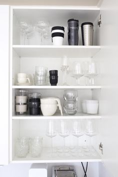 Homevialaura | white kitchen | our collection of tableware | Iittala | Nespresso… Black And Grey Kitchen, Kitchen Dining, Kitchen Decor, Lets Stay Home, Kitchen Organization, Organizing, Retro Home Decor, Kitchen Interior, Konmari