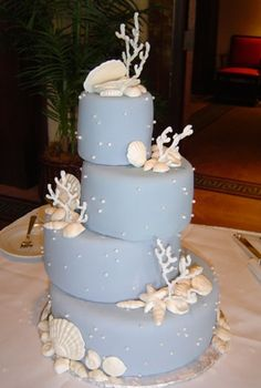 Cake Creations Dessert Haven & Cake Design Studio Hawaii, Birthday Cakes, Custom Wedding Cakes, Cupcakes and Confections for weddings in Haw...