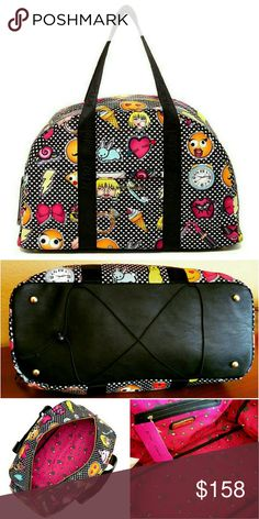 💲99✂Betty Johnson Weekender Yoga Bag Emoji ⏩The perfect carry-on for your weekend getaway & yoga retreat ⏩Fits inside any overhead compartment, this bag features 100% water-stain resistant polyester with fun emoji print all-over ⏩Sturdy zip around closure opens to spacious interior ⏩Long dual handles for easy carrying ⏩Exterior➖front slip pocket, metal feet, string yoga mat holder ⏩Interior➖1 zip pocket, 2 slip pockets, lined in floral fabric ⏩Expandable stretch cording holds yoga mat in…