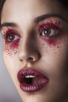 10+ Weirdest Looks I Photographed This Year That Proves Makeup Artists Are Crazy